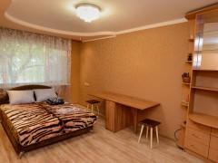 Daily rent an apartment in Cherkasy (Cherkas'ka oblast) on Illienka Yuriia (Hor'koho) str., 23