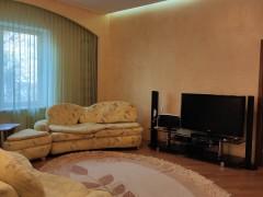 Rent an apartment, Rivne city (Rivnens'ka oblast) on Kyivs'ka str., 92B