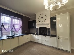 Buy a house in Bucha (Kyivs'ka region) on Kyievo-Myrots'ka str.