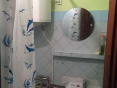 Зняти кімнату в Дніпрі (Дніпропетровська область) по вул. Каруни