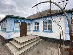 Buy a house, Shamraivka village (Kyivs'ka region) on Druzhby str.