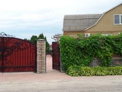 Купить дом, с. Мошны (Черкасская область) на ул. Михаила Ткалича, 132